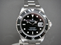 Rolex Submariner 16610 Date Stainless Steel Stunning Example Box & Papers